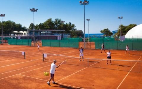 Обучение теннису взрослых в школе тенниса «ACE»