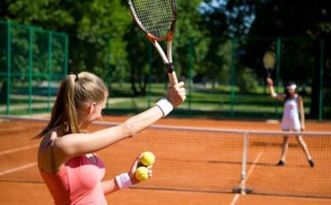 Поиграть в большой теннис в СПб